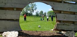Kreisjugendfeuerwehr spielt Fussballgolf
