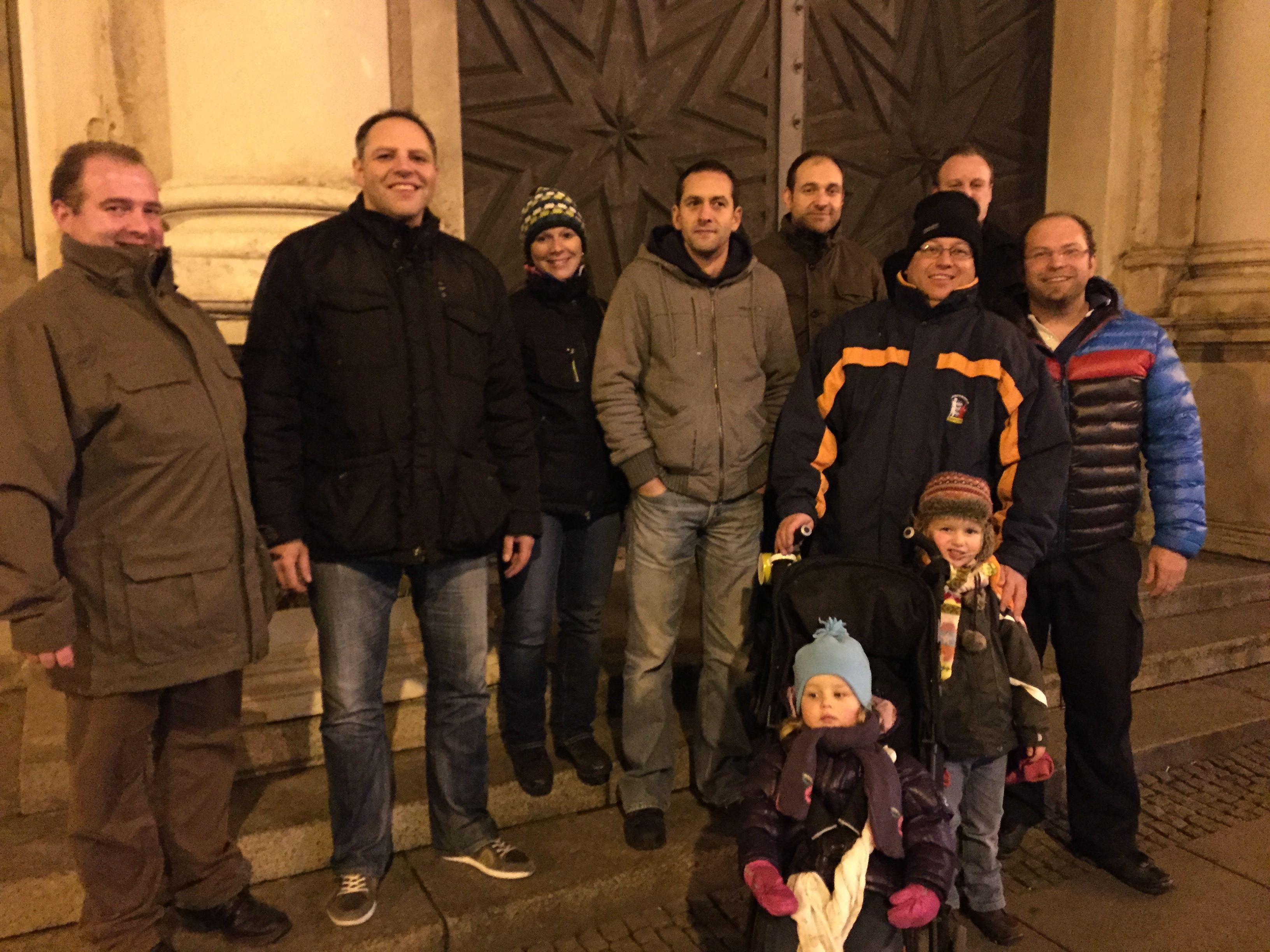 Kreisjugendfeuerwehrwarte besuchen Weihnachtsmarkt in Augsburg
