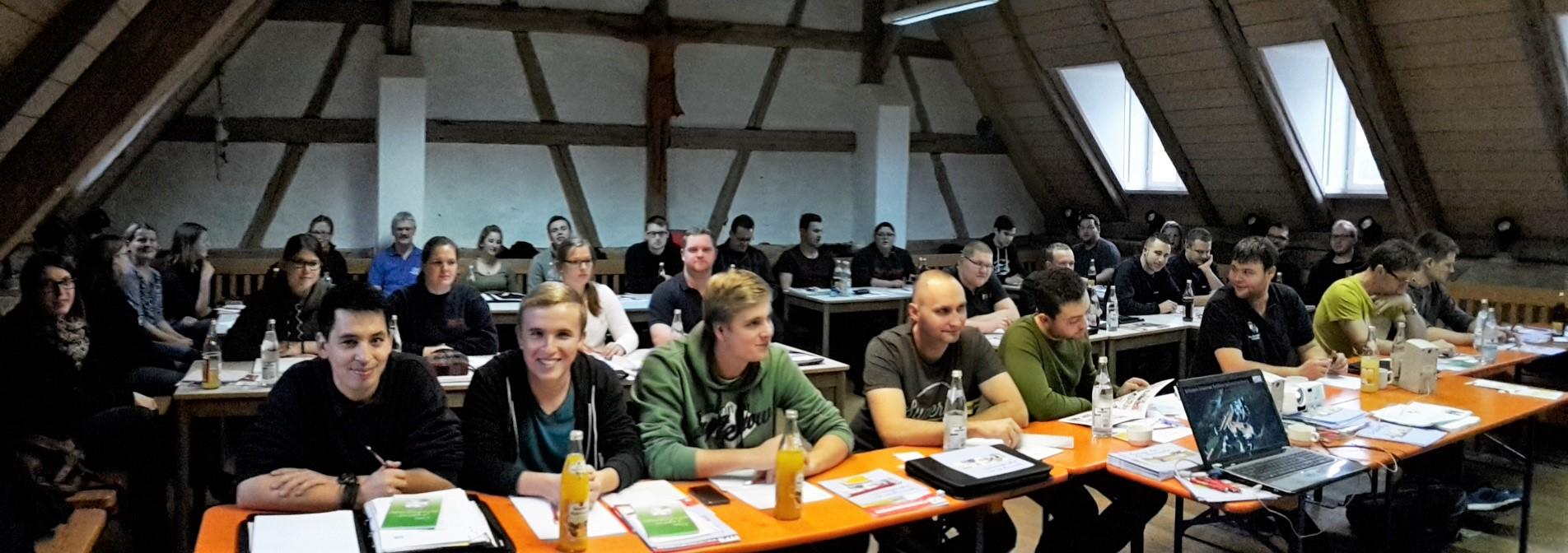 Treffen der Jugendwarte/innen und Ausbilder/innen zum Seminar